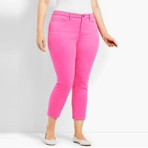 Crop Jeggings in Neon Pink